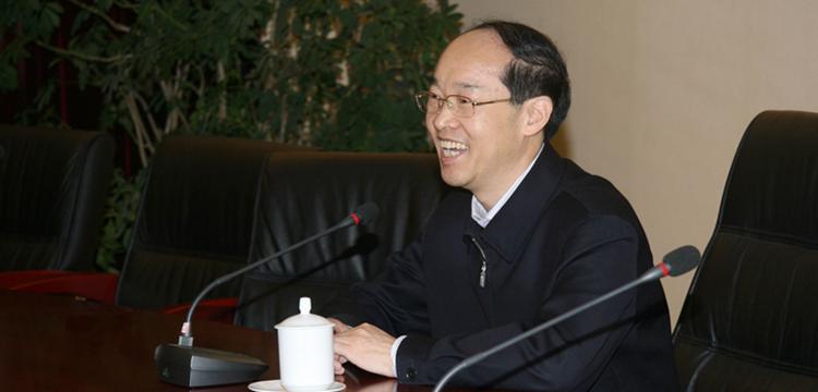 万鄂湘副院长到《中国审判》视察工作